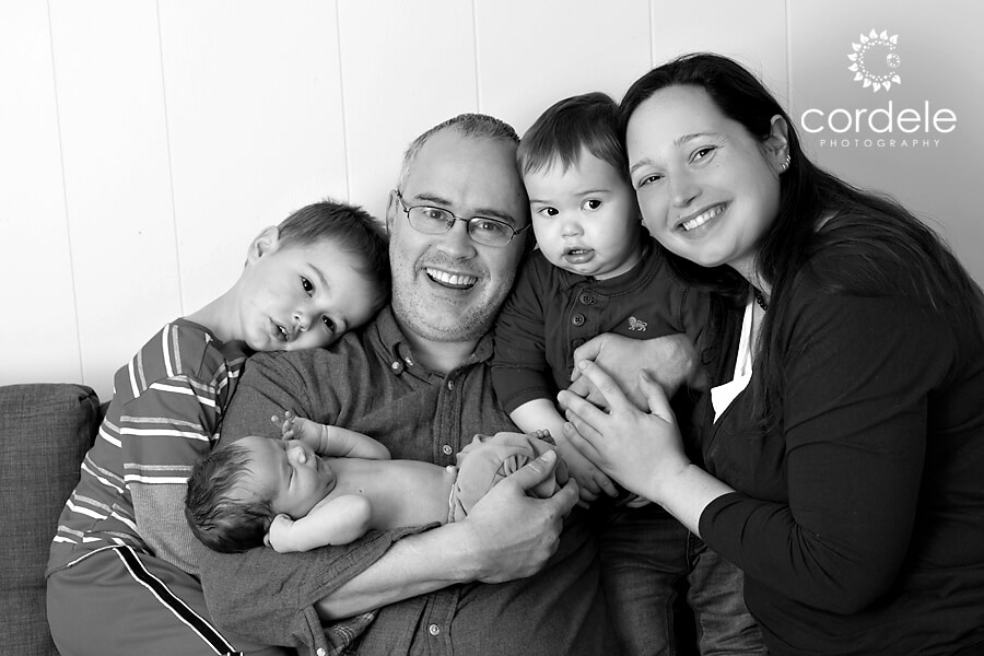 Black and White family photographers lynnfield MA