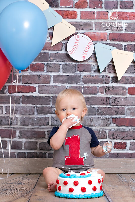 baby eats cake